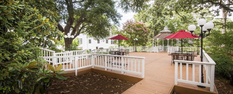 Magnolia Deck