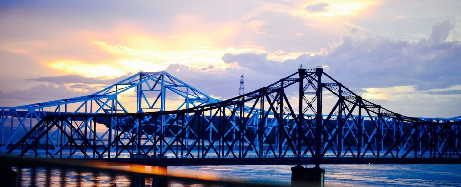 Mississippi river bridge from Vicksburg, MS at dusk