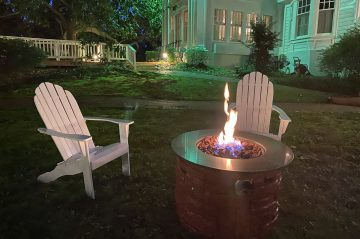 fire pit with two chairs